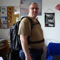 """Zum ersten Mal habe den """"kompletten"""" Onli Travel Rucksack auf meinem Rücken (seitlich)"""