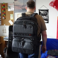 """Zum ersten Mal habe den """"kompletten"""" Onli Travel Rucksack auf meinem Rücken (von Hinten)"""